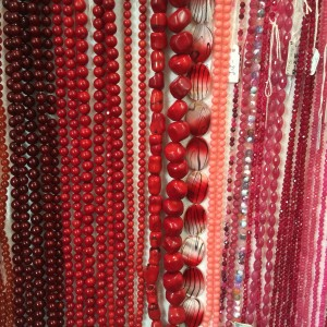 Semi precious beads coral dyed