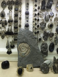 Silver earrings and bracelets with ammonite